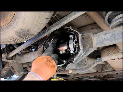 Замена масла в редукторе заднего моста на Chevrolet TrailBlazer 4,2 Шевроле Трейлблейзер 2007 г