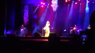 Vanessa da Mata - Sunshine on my Shoulders (Palacio das Artes-BH/25-05-2014)
