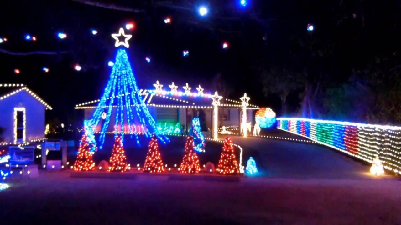 2016 over the top christmas lights too many christmas decorations guy - Over The Top Christmas Decorations