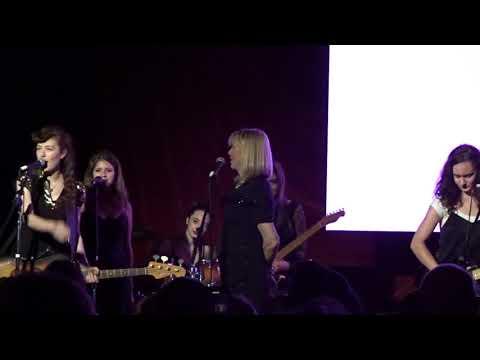 COURTNEY LOVE + Melissa Auf der Maur DOLL PARTS / MISS WORLD 10/27/18 NY + Michael Stipe