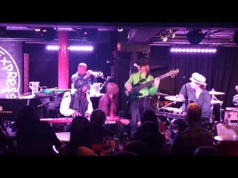 Higher - Steve Salvari & Friends (Pizza Express Jazz Bar, Soho 16-08-15)