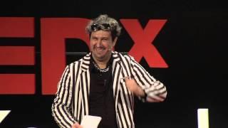 Un decadente auténtico | Cucho Parisi | TEDxRiodelaPlata