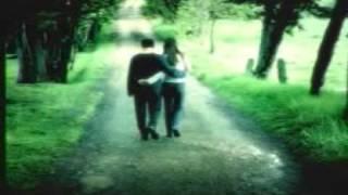Debes buscarte un nuevo amor - Tranzas thumbnail