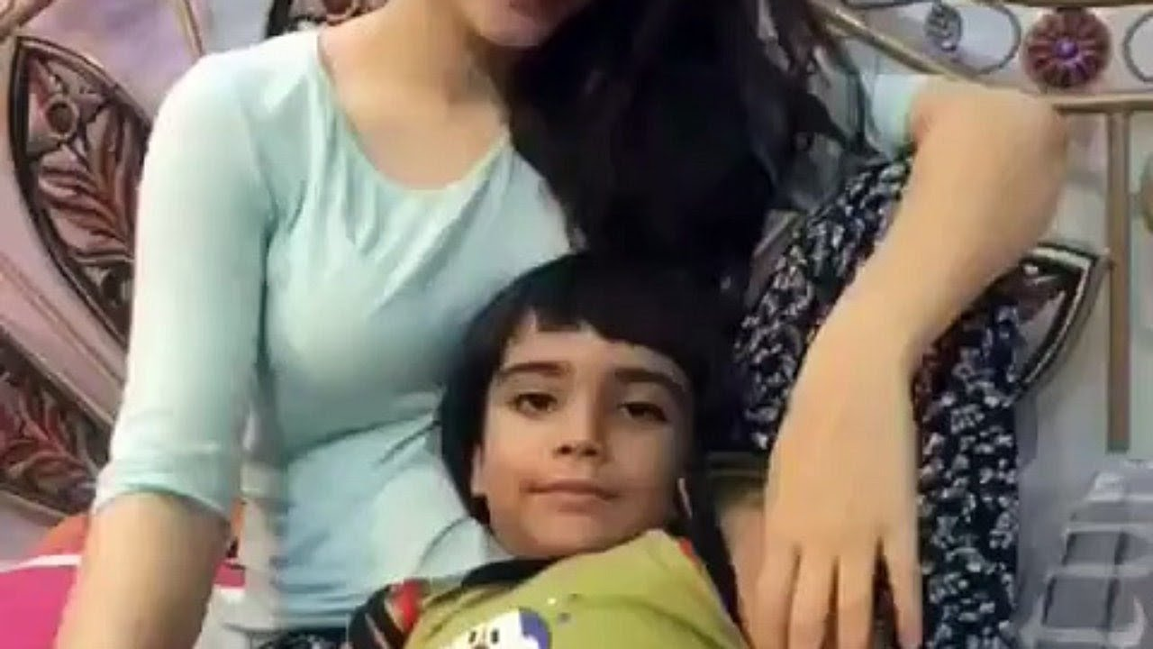 Neelum Muneer Hot Fan Pathan Bhai
