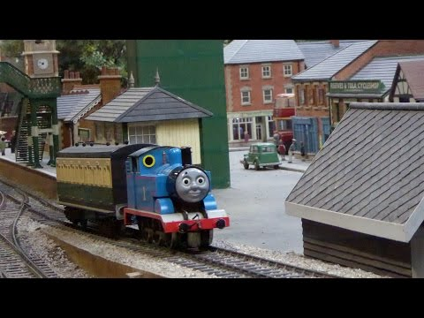 ORIGINAL Thomas the Tank Engine and Friends Working Model Train Display, Thomas Land Drayton Manor