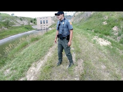 Cops Called while Fishing by Power Plant...he was PISSED!!!