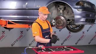Montering Stabiliseringsstag bak och fram BMW 3 SERIES: videoinstruktioner