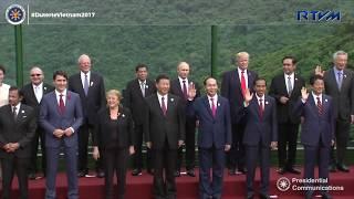 APEC Economic Leaders' Meeting (AELM) Family Photo 11/11/2017