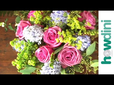 Flower arranging: How to arrange flowers like a pro