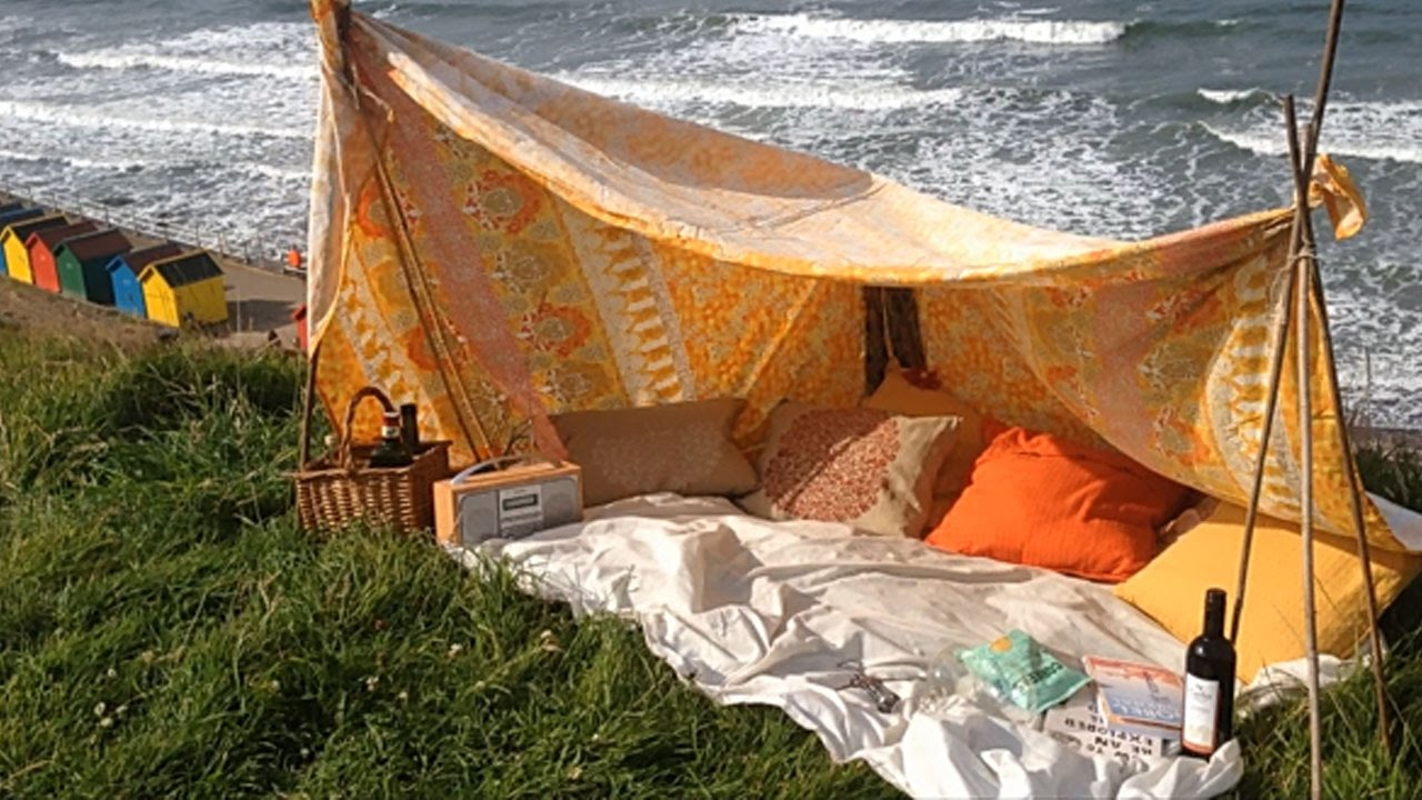 & DIY summer beach den/tent ? - YouTube