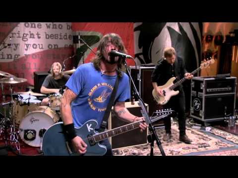 Foo Fighters - 7. Back & Forth (LIVE @ Studio 606)