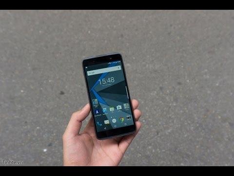 Tinhte.vn - Trên tay bản thử nghiệm của BlackBerry DTEK50