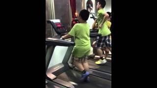 when the fat kid on treadmill