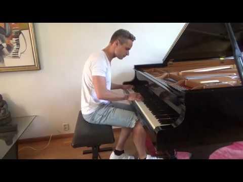 Headhunterz - Destiny (piano version) - YouTube