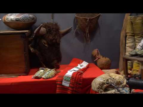John Morris - Booth Tour - 3rd Annual Antique American Indian Art Show HD