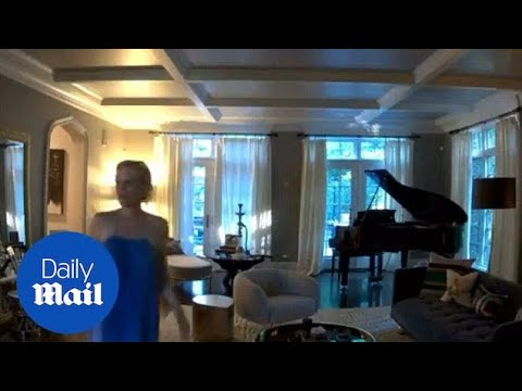 Caught on camera! Jenny McCarthy's piano plays on its own  Daily Mail