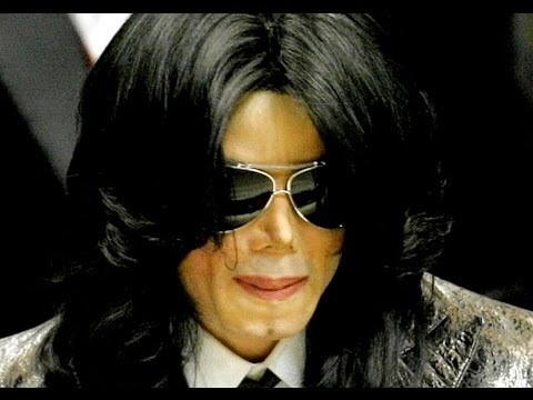 Entertainer Michael Jackson (C), the Rev Pictures | Getty Images