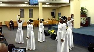 "Praise Dance: Shana Wilson - ""Press In Your Presence"""