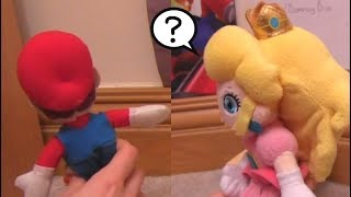 Wario kisses Princess Peach