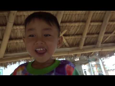 Travel video #31 - Indonesia, living one week in a village on Lombok