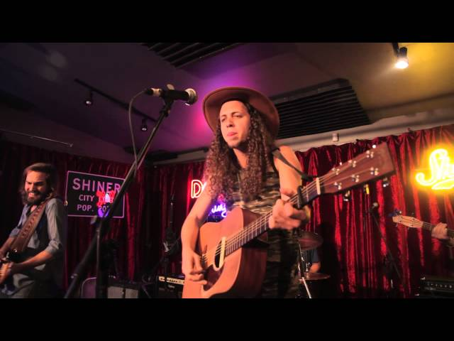 Mayeux and Broussard - Sky High Ryder | A Do512 Lounge Session