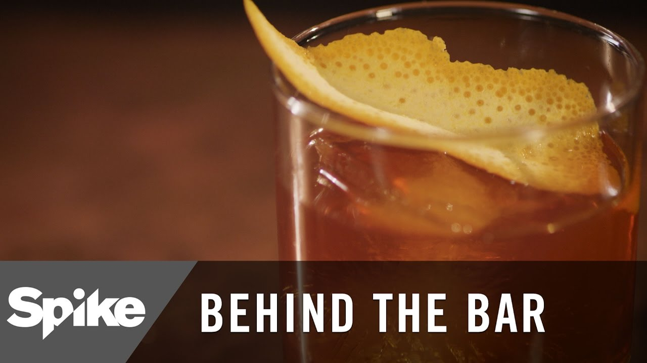 How to make the old fashioned the oldest cocktail behind the bar how to make the old fashioned the oldest cocktail behind the bar forumfinder Image collections