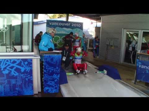 Resultado de imagem para Men's Luge Singles - Runs 3 and 4 - Complete Event - Vancouver 2010 Winter Olympic Games