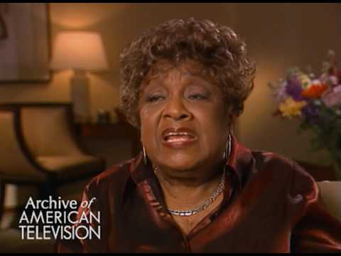 Isabel Sanford on getting into acting when she moved to Los Angeles