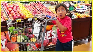 Ryan Learns Healthy Food Choice with Kids Size Shopping Cart!!!