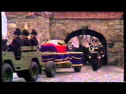 Kong Olav sin begravelse: Diverse reportasjer