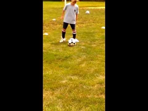 Learning soccer combination touches using patches 4 and 3 trapping and 2 for passing.