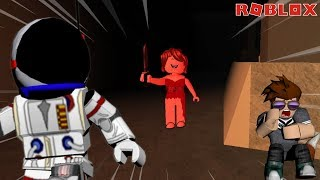 ROBLOX - SURVIVE THE RED DRESS GIRL - SHE'S HUNTING US!!