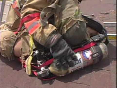 LA HERMANDAD DE BOMBEROS / R.I.T. / Operacion de Rescate en Techo