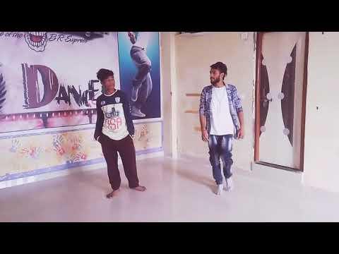 #Hip Hop mix Dance on Rowdy rathor chikni kamar pe tera dil fisal gya