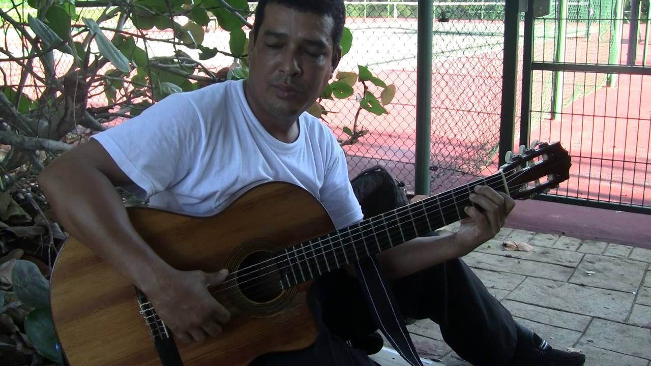 How To Play Guantanamera On Guitar Chords Youtube