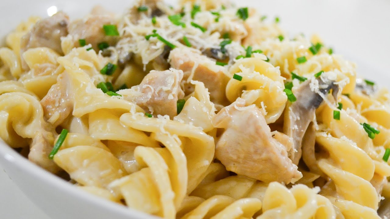 Creamy Chicken And Mushroom Pasta Video Recipe Youtube