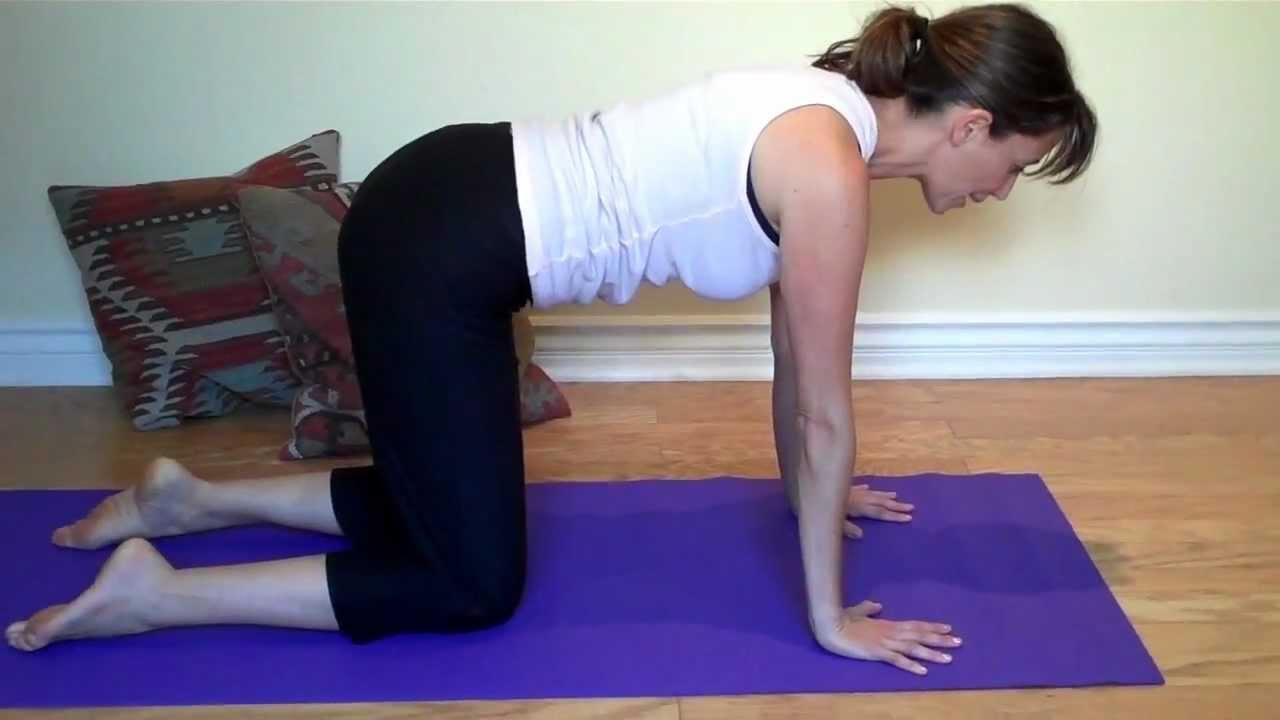 Secuencia de Yoga para Aliviar Dolores de Espalda - YouTube 09e351a805a4