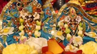 Radha-Damodar arati, Vrindavan (SDA)
