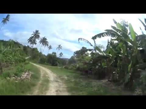 Roads in the Philippines: from gravel to dirt path to concrete