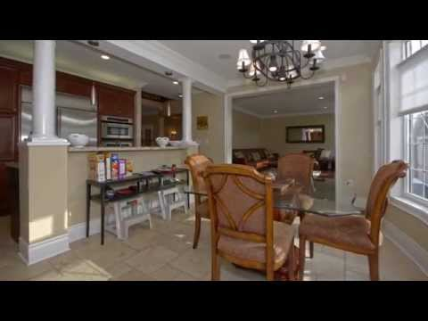 Detached Home for Sale by Carl Maurice Walwyn - 3123 Richview Blvd, Oakville