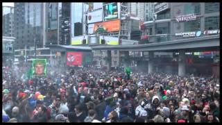 420 Toronto 2013 - HUGE CANNABIS SMOKE CLOUD