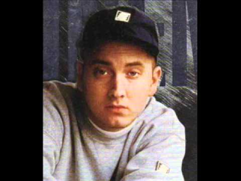 Eminem - Our House (WITH LYRICS) mp3