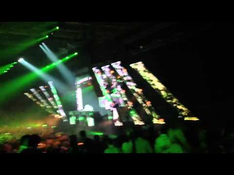 A State of Trance 600 Beirut - Dash Berlin - Man on the run