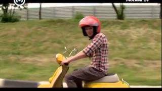 видео Права на мопед - Главная дорога