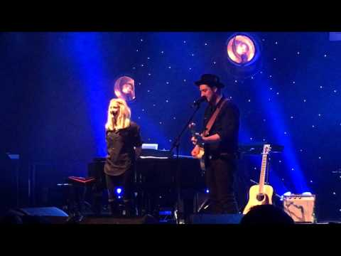 Ellie Goulding, Marcus Mumford and Ben Lovett (Mumford & Sons) Your Song 16/12/15
