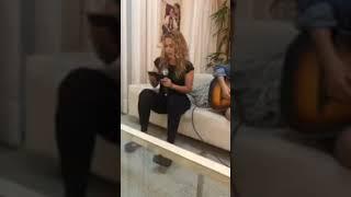 Baixar Joelma faz 2° live em casa e relembra grandes sucessos.