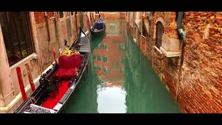 Phone 8 Video | Venice | Italy | November 2017 | Travel Video | DjI Osmo Mobile | Filmic Pro