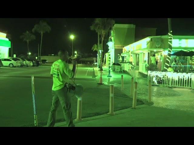 "Street Preacher Sings ""Give Thanks"" & Gives Gospel @ Ft. Myers Beach"