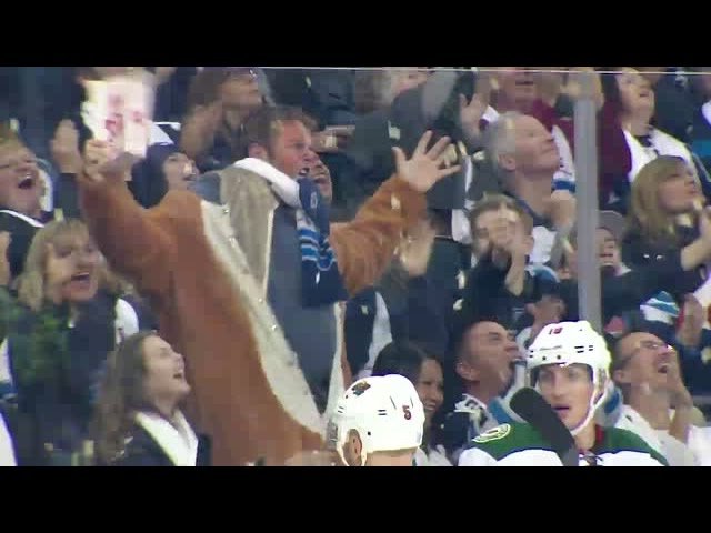 Winnipeg fan goes bonkers for the Jets