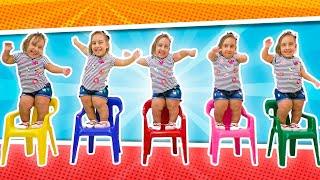 Chanson Cinq petits singes | Comptines Et Chansons | À Bébé Chanson vidéos pour les enfants